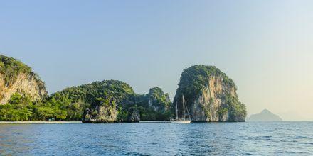 Oplev mere af skærgården under en bådudflugt til Hong Island.