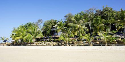 Kridhvidt sand ved Klong Muang på Krabi.