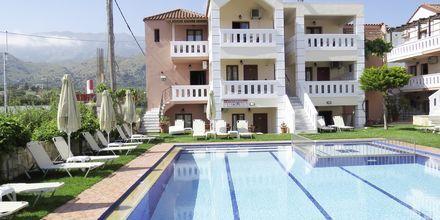 Pool på Hotel Kokalas Resort i Georgiopolis på Kreta, Grækenland