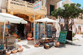 Shopping i Kolymbari på Kreta, Grækenland.