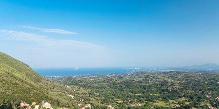 Bjergudsigt på Korfu, Grækenland.