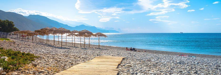 Smuk strand i byen Paleochora på Kreta, Grækenland.