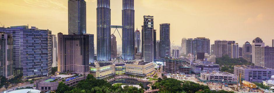 Kuala Lumpur i Malaysia har en skøn blanding af storby og frodige omgivelser.