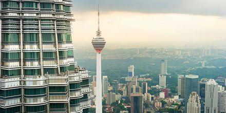 TV-tårnet Menara Kuala Lumpur er en af byens mest kendte seværdigheder.