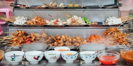 """""""Lok lok"""" er en speciel fastfood-ret, som du selv laver i Kuala Lumpur."""