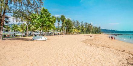 Stranden ved La Vela i Khao Lak, Thailand