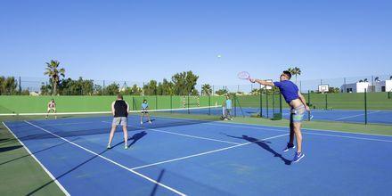 Tennis på LABRANDA Bahia de Lobos på Fuerteventura, De Kanariske Øer.