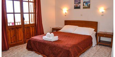 Større 1-værelses lejlighed på hotel Lakki Studios i Amopi på Karpathos, Grækenland.