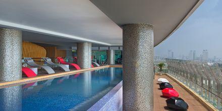 Pool på hotel Le Meridien Saigon i Vietnam.