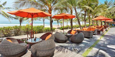 Restaurant Ole Beach Bar på hotel Legian Beach i Kuta på Bali.