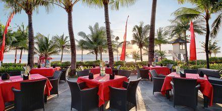 Restaurant Ocean Terrace på hotel Legian Beach i Kuta på Bali.