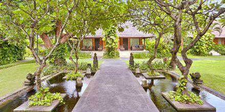 Bungalow på hotel Legian Beach i Kuta på Bali.