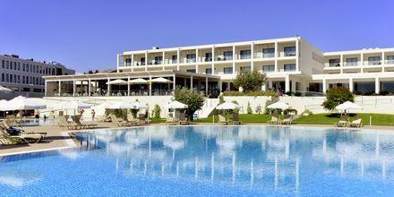 Poolområde på Hotel Levante Beach Resort på Rhodos, Grækenland.