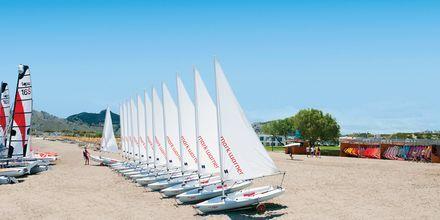 Sejling på Hotel Levante Beach Resort på Rhodos, Grækenland.