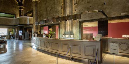 Reception på Lopesan Villa del Conde Resort & Thalasso på Gran Canaria, De Kanariske Øer.