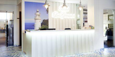 Receptionen på Hotel Los Geranios i Puerto de Sóller, Mallorca.