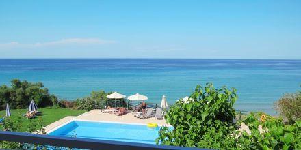 Balkonudsigt fra Hotel Loukas on the Waves i Tragaki, Zakynthos.