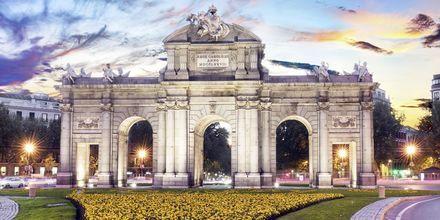 Madrid er Spaniens hovedstad og kendetegnes bl.a. af store monumenter.