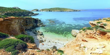 Turkist vand ved den blå lagune ved øen Comino.