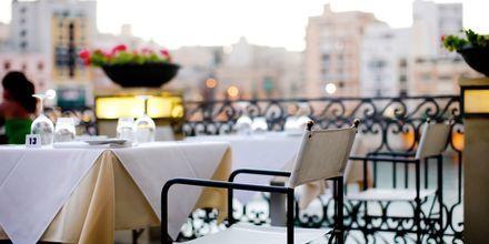 Der er masser af restauranter, og det behøver ikke at være dyrt at spise ude.