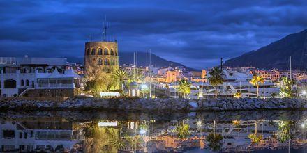 Puerto Banús om aftenen i Marbella.