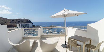 2-værelses lejlighed deluxe på Hotel Marina Bay View i Puerto Rico på Gran Canaria.