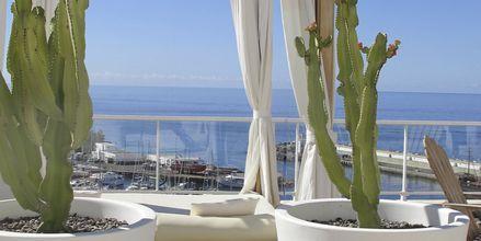 Poolområde på Hotel Marina Bay View i Puerto Rico på Gran Canaria.