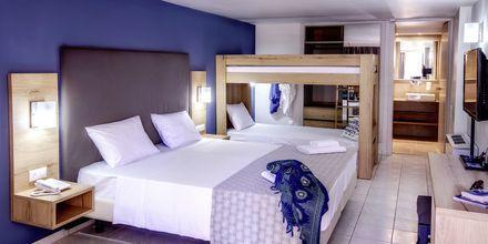 Familie-værelse på Hotel Marina Beach i Gouves, Kreta.