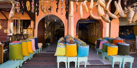Markedsplads i Marrakech, Marokko.
