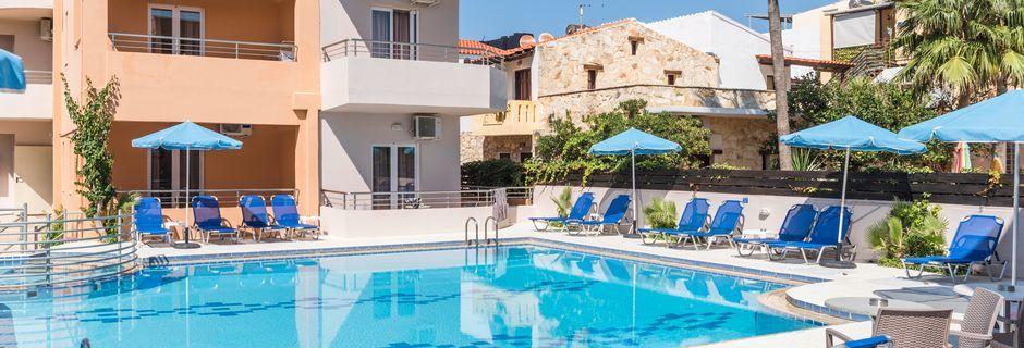 Poolområde på Hotel Mary i Platanias, Kreta.