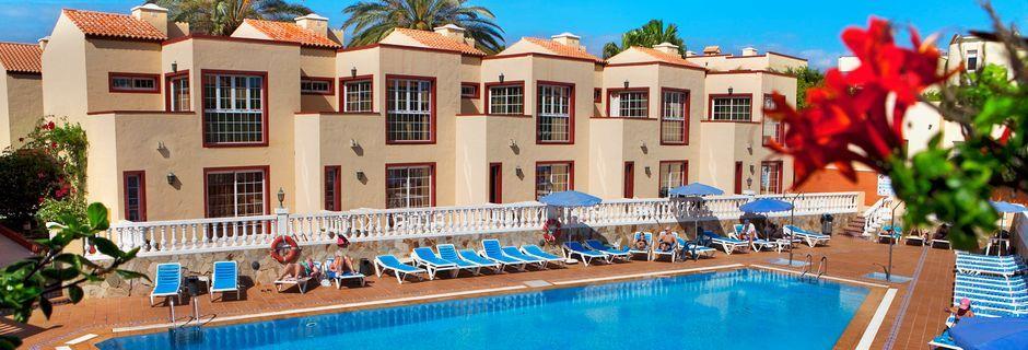 Poolområde på Hotel Maxorata Beach på Fuerteventura, De Kanariske Øer, Spanien.