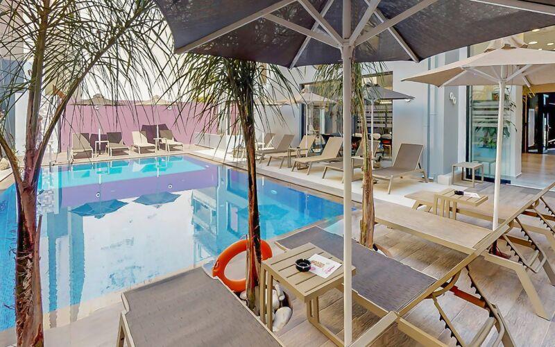 Poolområdet på Hotel Medusa i Rethymnon på Kreta, Grækenland