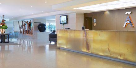 Receptionen på Hotel Melia Madeira Mare på Madeira, Portugal.