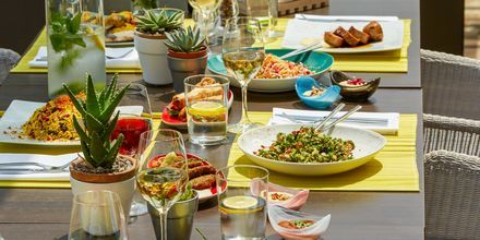 Restaurant Thalassa på hotel Minoa Palace Resort & Spa i Platanias på Kreta, Grækenland.