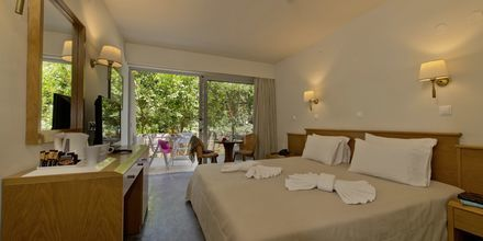 Dobbeltværelse på Hotel Minos i Rethymnon, Kreta.