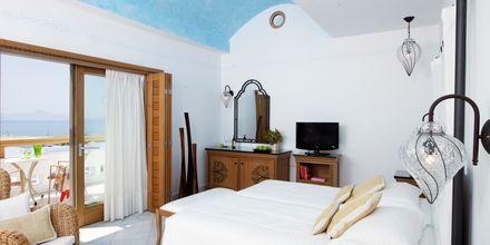 Dobbeltværelse i bungalow på Mitsis Blue Domes Resort & Spa på Kos i Grækenland.