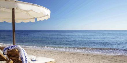 Stranden ved Mitsis Laguna Resort & Spa i Anissaras, Kreta.
