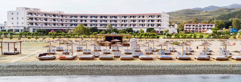 Stranden ved Mitsis Ramira Beach Hotel i Psalidi på Kos.
