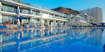 Poolen på Morasol Suites på Gran Canaria, De Kanariske Øer, Spanien.