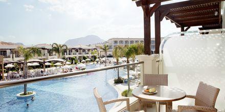Udsigt fra en 2-værelses lejlighed på Hotel Mythos Beach Resort i Afandou på Rhodos
