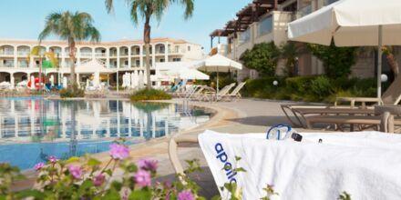 Hovedpoolen på Hotel Mythos Beach Resort Afandou på Rhodos
