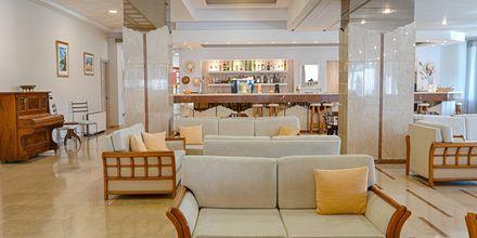 Bar på hotel Livadi Nafsika i Dassia på Korfu.