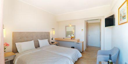 Dobbeltværelser på hotel Livadi Nafsika i Dassia på Korfu,