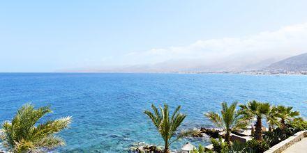 Stranden ved Hotel Nana Golden Beach på Kreta, Grækenland.