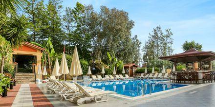 Poolområdet på Hotel Nar Apart i Side, Tyrkiet.