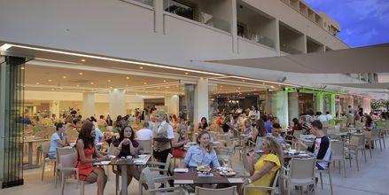 Restaurant på Hotel Nelia Beach i Ayia Napa, Cypern