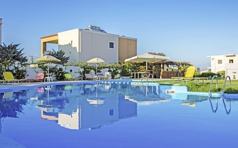 Pool på Hotel Nereides på Kreta, Grækenland.