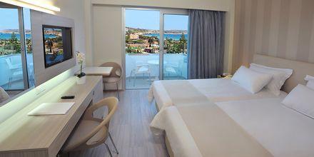 Dobbeltværelse på hotel Nestor i Ayia Napa, Cypern