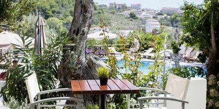 Poolbar på Hotel Nicholas i Megali Ammos på Skiathos.