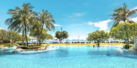 Poolområde på Hotel Nikko Bali Benoa Beach i Tanjung Benoa, Bali.
